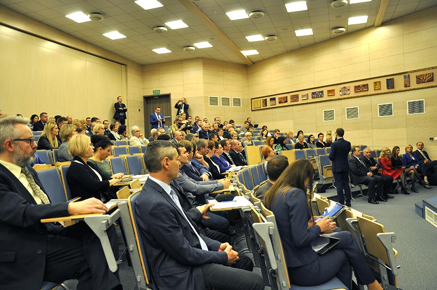 Uczestnicy konferencji dotyczącej RPOWŚ